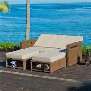 Wicker sun lounger,Rattan chaise lounge,Beach wicker recliner